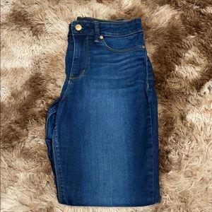 No boundary jeans